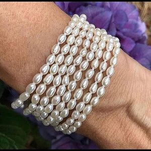 Freshwater rice pearl necklace and bracelet set